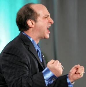 Funny Keynote Speaker Vinny Verelli